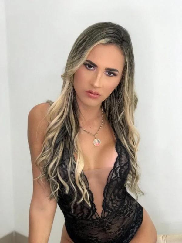 Barbie Ninfetinha - Acompanhante Travesti em SP